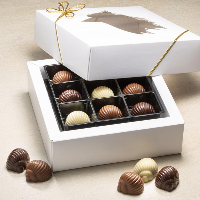 18 Nougatsnegle blandet gaveæske med 270 g. nougat/chokolade